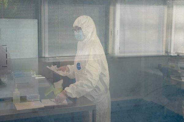 Operator in ISO 7 certified Clean Room